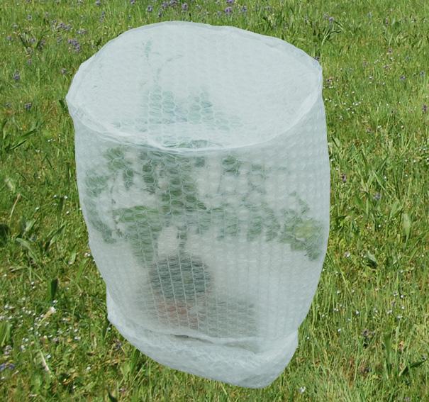 frostschutzhaube frostschutzfolie abdeckhaube f r pflanzen gr e 4 100 x 200 cm gekaho. Black Bedroom Furniture Sets. Home Design Ideas